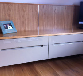 High-gloss bedroom cabinets