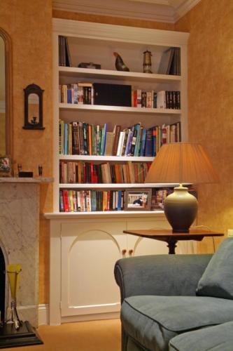 Alcove cabinet and shelf unit